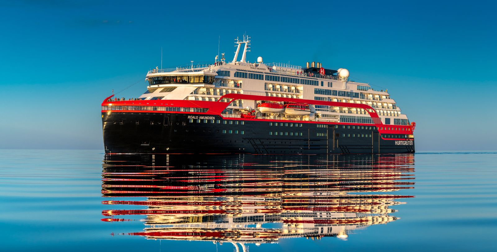 MS Roald Amundsen - The World's First Hybrid Expedition Cruise Ship